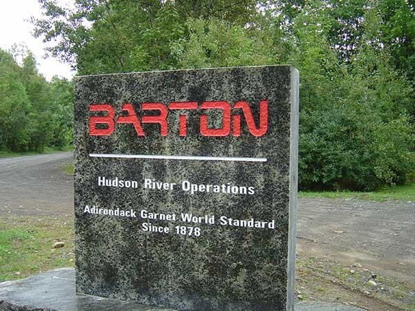 Garnet Abrasives | High-Performance | Abrasive Blasting | BARTON